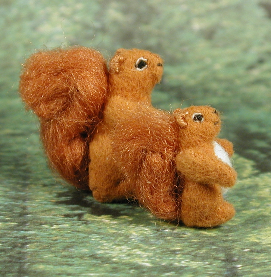 Tiny FABRIC Red Squirrel Family